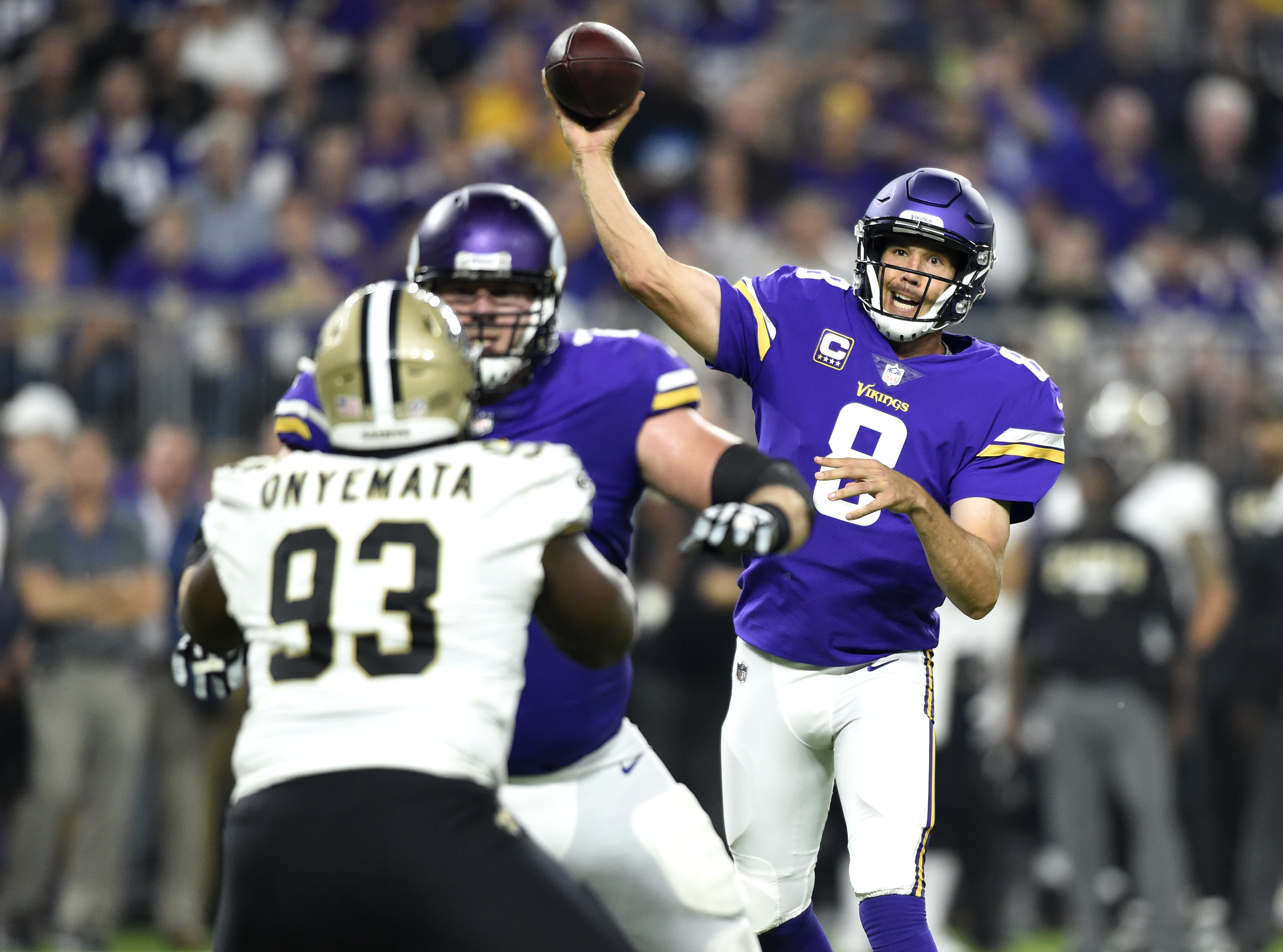 Vikings, Cook stampede past Saints