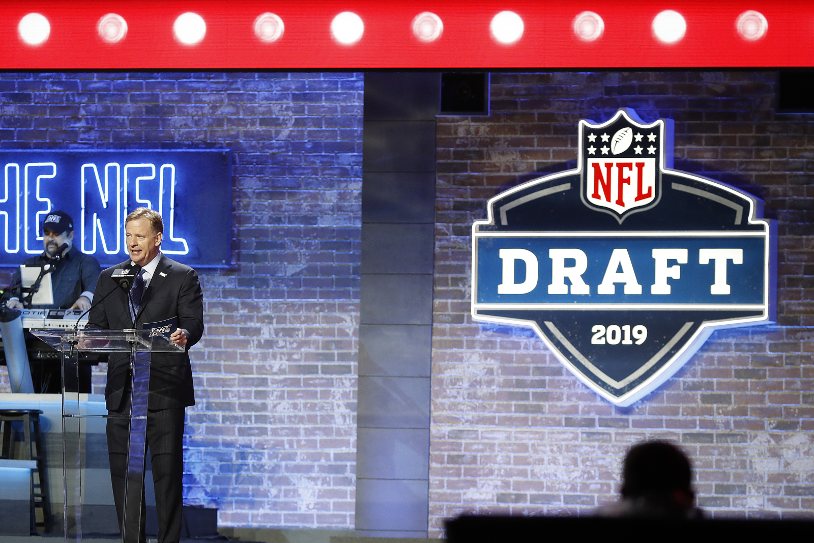 Vikings drafting a WR in the first round reportedly not a priority in 2020